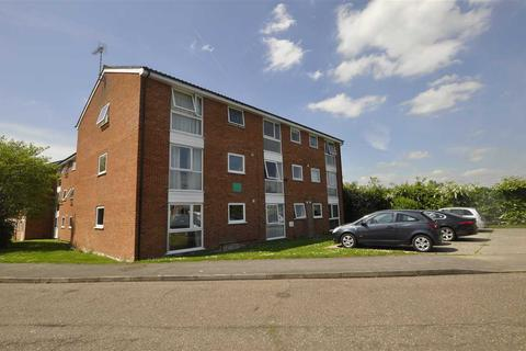 1 bedroom flat to rent - Hogarth Court, Chelmsford