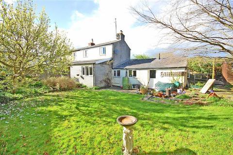 4 bedroom semi-detached house for sale - Ryeworth Road, Charlton Kings, Cheltenham, GL52