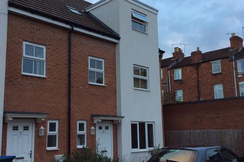7 bedroom semi-detached house to rent - Poppleton Close