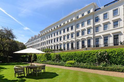 3 bedroom apartment for sale - Hyde Park Gardens, Hyde Park W2