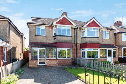 5 bedroom semi-detached house to rent - Feltham, West View, TW14
