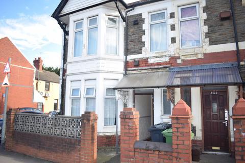 2 bedroom flat to rent - North Road (First Floor), Heath, Cardiff
