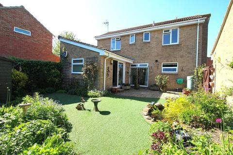 3 bedroom detached house for sale - Littell Tweed, Chelmer Village, Chelmsford, Essex, CM2