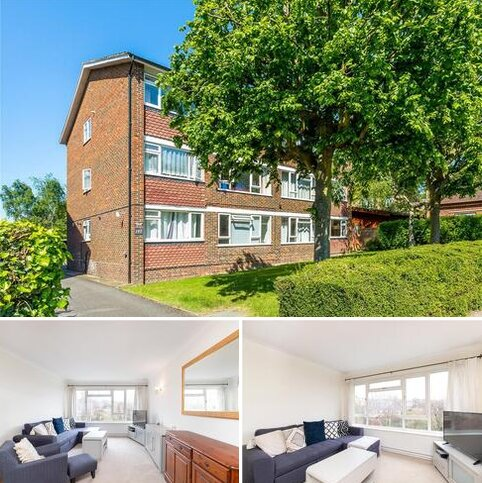 2 bedroom flat to rent - Marlowe House, Durham Road, SW20