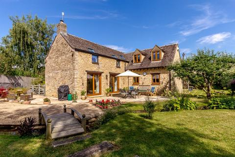 4 bedroom barn conversion for sale - High Street, Ascott-Under-Wychwood, Chipping Norton, Oxfordshire, OX7