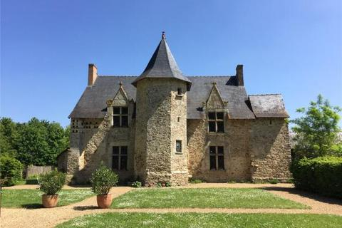 2 bedroom house  - Durtal, Pays de La Loire, Loire Valley