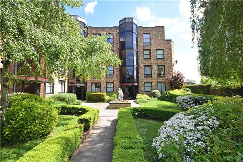 1 bedroom apartment to rent - Midsummer Court, Manhattan Drive, Cambridge, Cambridgeshire, CB4