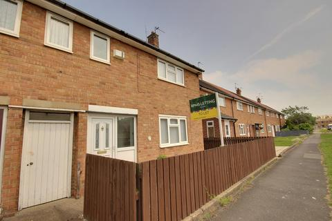 2 bedroom end of terrace house to rent - Lythe Avenue, Hull