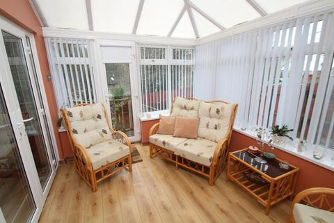 3 bedroom semi-detached house for sale - Lower Compton