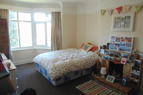 3 bedroom flat for sale - Bassett Crescent West, Southampton