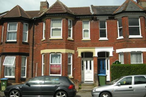 6 bedroom terraced house to rent - Shakespeare Avenue