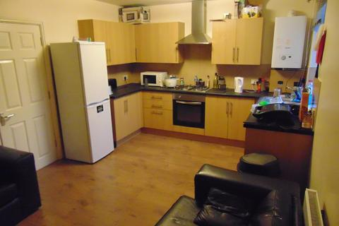 3 bedroom ground floor flat to rent - Priory Road, Southampton