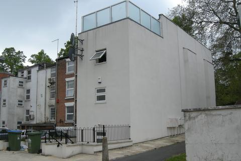 5 bedroom apartment to rent - Palmerston Road, Southampton