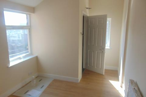 5 bedroom terraced house to rent - Lodge Road, Southampton