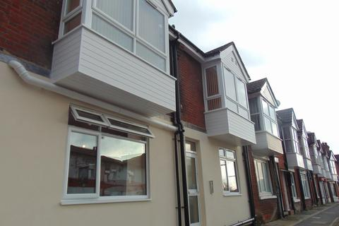 1 bedroom apartment to rent - Victoria Road, Woolston, Southampton