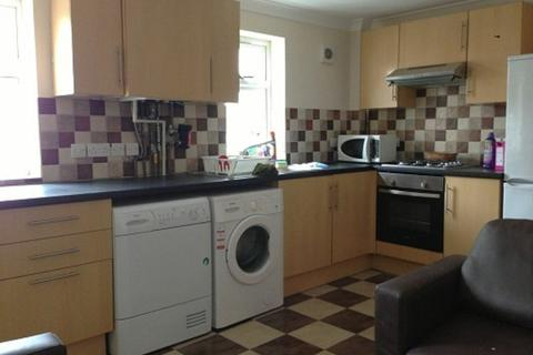 2 bedroom apartment to rent - Palmerston Road, Southampton