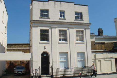 1 bedroom flat to rent - Carlton Crescent