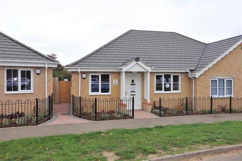 2 bedroom semi-detached bungalow for sale - Plot 23 Meadowlands, Wrentham