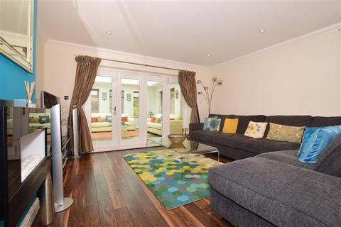 3 bedroom bungalow for sale - Green Street Green Road, Dartford, Kent
