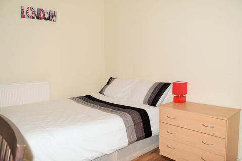 1 bedroom flat share to rent - Northesk House (Room 3), Tent Street, London, E1