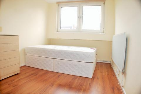 1 bedroom flat share to rent - Jenkinson House, Room 4, Usk Street, Bethnal Green, E2