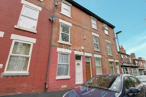 4 bedroom terraced house for sale - Wallan Street, Radford