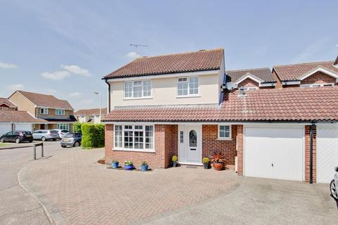 4 bedroom link detached house for sale - Martingale Drive, Chelmsford, Essex, CM1