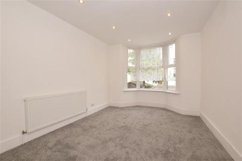 2 bedroom flat for sale - Colchester Avenue, Manor Park, London