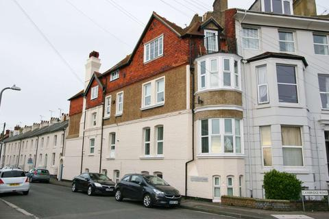 3 bedroom apartment for sale - Liverpool Road, Walmer