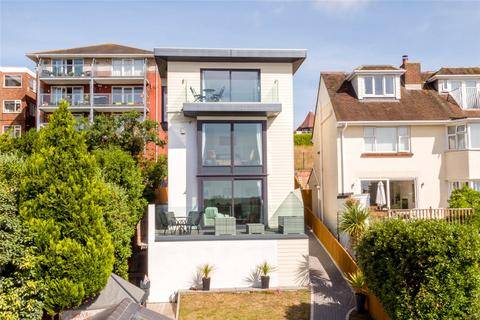 4 bedroom detached house for sale - Churchfield Crescent, Poole, Dorset, BH15