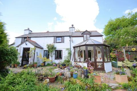 3 bedroom cottage for sale - Hidden away with a secret garden and wonderful valley views