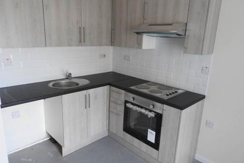 1 bedroom flat to rent - Llangyfelach Road, Brynhyfryd, Swansea