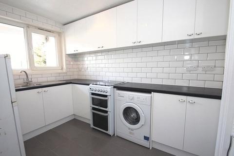 2 bedroom duplex to rent - Dunnett House, Vernon Road, London E3