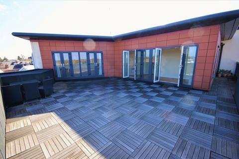 2 bedroom penthouse to rent - Harborne Central, High Street, Harborne