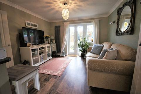 3 bedroom end of terrace house to rent - Sovereign Way, Moseley