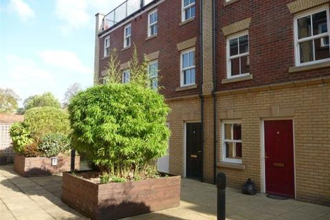 2 bedroom flat to rent - SHEEP STREET  TOWN CENTRE  NN1