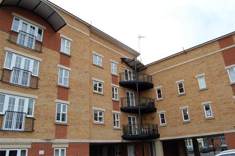 2 bedroom flat to rent - Magdelana Court, Prewett Street, Redcliffe, Bristol