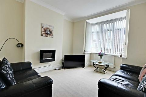 3 bedroom semi-detached house to rent - Victoria Road West, Hebburn, Tyne And Wear