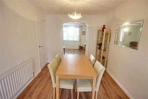 3 bedroom semi-detached house to rent - New Market Walk, South Shields, Tyne And Wear