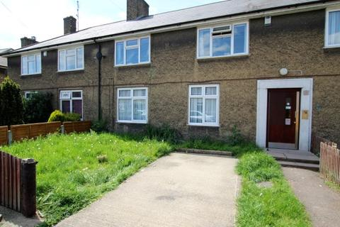 1 bedroom ground floor flat for sale - Flamstead Road, Dagenham RM9