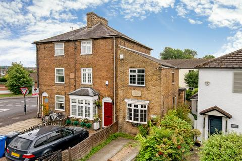 Search Cottages To Rent In Windsor And Maidenhead | OnTheMarket