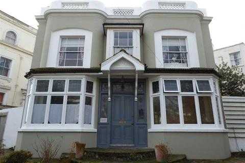 5 bedroom detached house for sale - Vale Square, Ramsgate