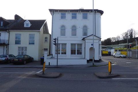 Studio to rent - Margate Road, Ramsgate