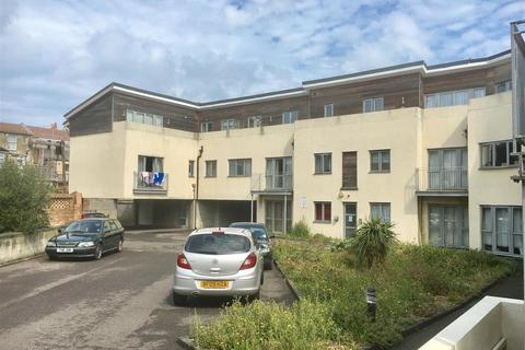 1 bedroom flat for sale - The Passage, Margate