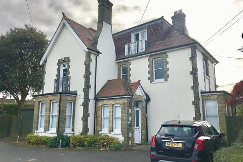 2 bedroom flat for sale - Berkeley Road, Birchington