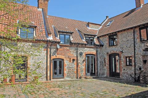 2 bedroom barn conversion for sale - 2 Flaxmans Farm, Roughton NR11