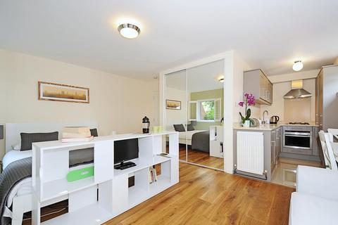 Studio to rent - Guy Court, Jericho, Oxford OX2