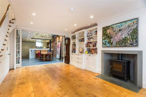 5 bedroom terraced house for sale - Goodge Place, London, W1T