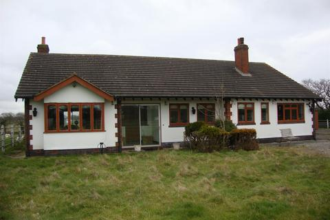 2 bedroom bungalow to rent - Tanworth Lane, Shirley, Solihull, B90 4DX
