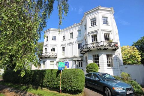 1 bedroom flat for sale - Pittville Lawn, Cheltenham, GL52